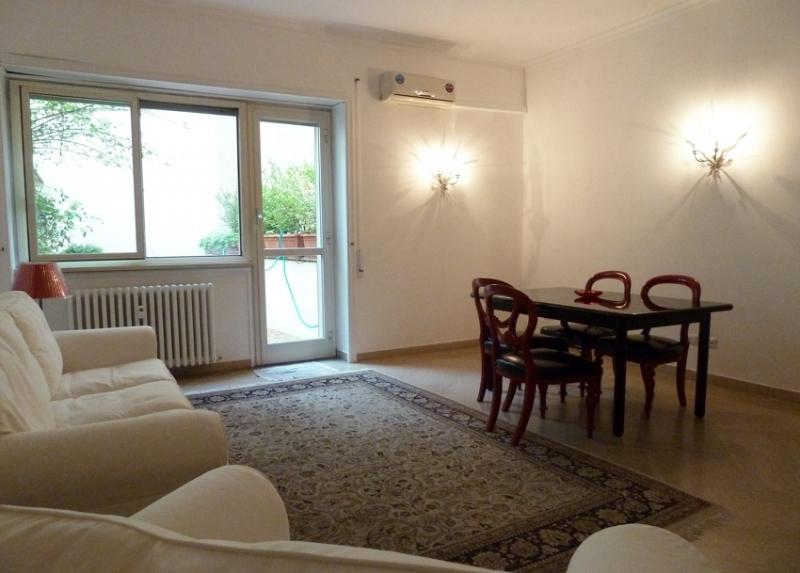 Roma parioli pinciano appartamento l43 vienove for Affitto roma parioli
