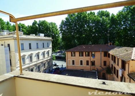 1 Vienove Trastevere Sant'Agata Vista 2