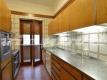 12 cucina Camilluccia appartamento Vienove Roma DSC_7883 (1)